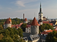 IMGL3846-looking-over-tallin-estonia